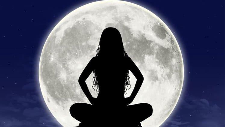 lua cheia em Áries