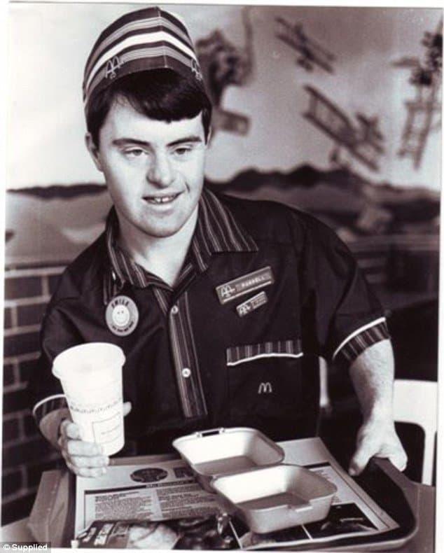 funcionário do McDonald2