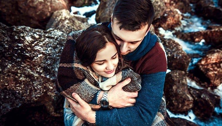 O abraço é um aperto que traz alívio