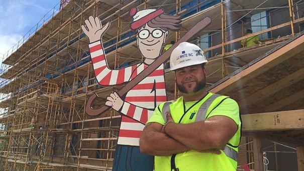 pedreiro esconde Wally4