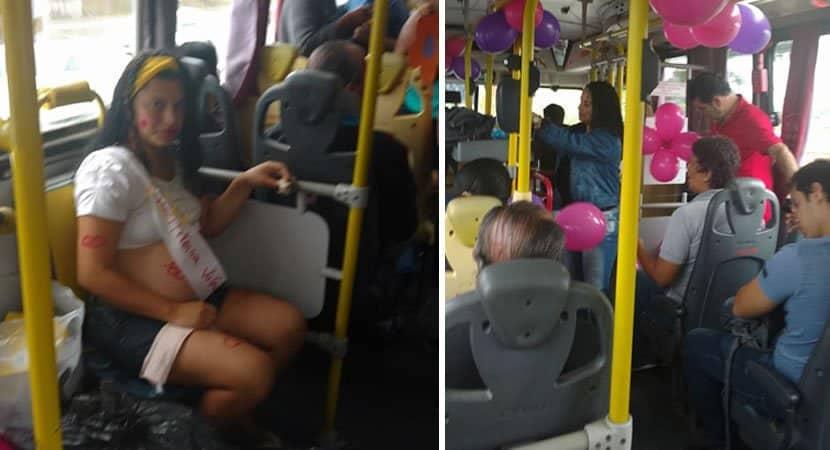 passageiros de ônibus