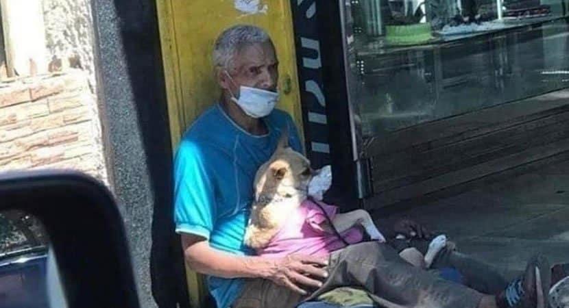 morador de rua protege
