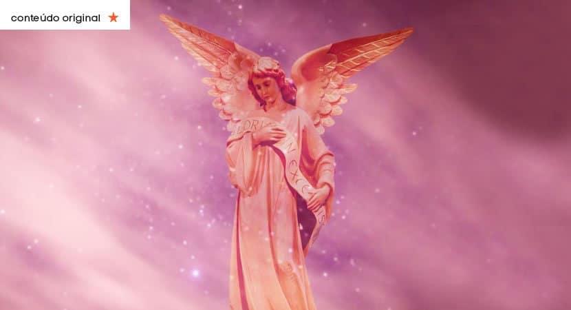 um anjo está
