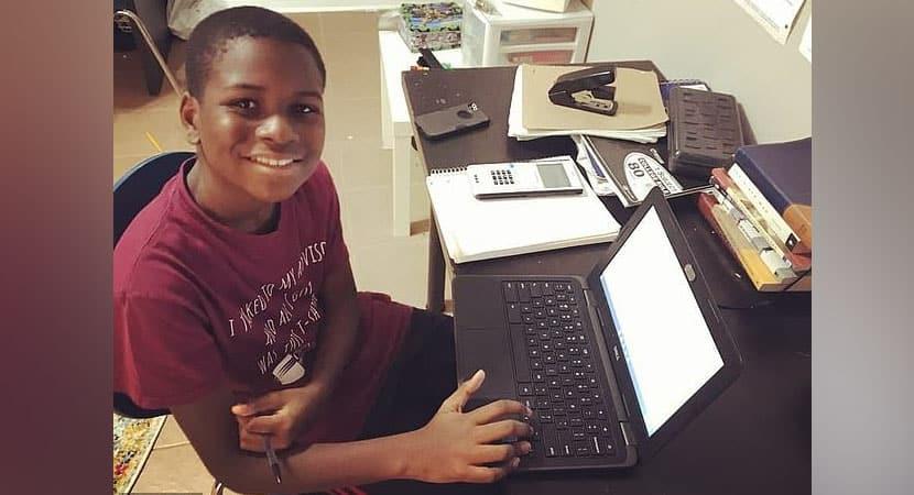 Menino que concluiu ensino médio aos 11 é o mais jovem a cursar engenharia aeroespacial