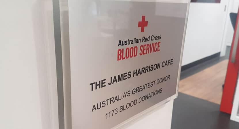 2vovô de 83 anos com sangue raro já fez mais de 1000 doações e salvou a vida de 2 milhões de bebês