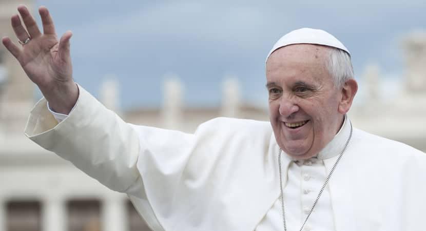 a poderosa reflexão de Papa Francisco sobre este Natal que a fé a esperança e o amor nos guiem