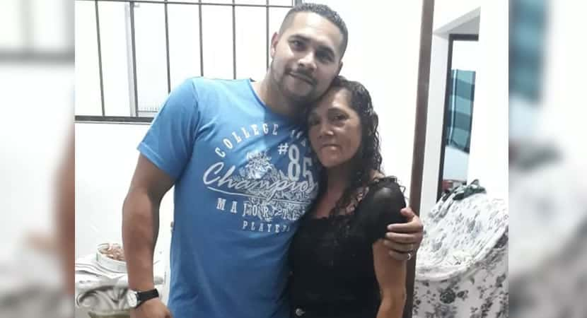 capasou a mulher mais feliz do mundo diz mãe que reencontrou filho perdido há 27 anos