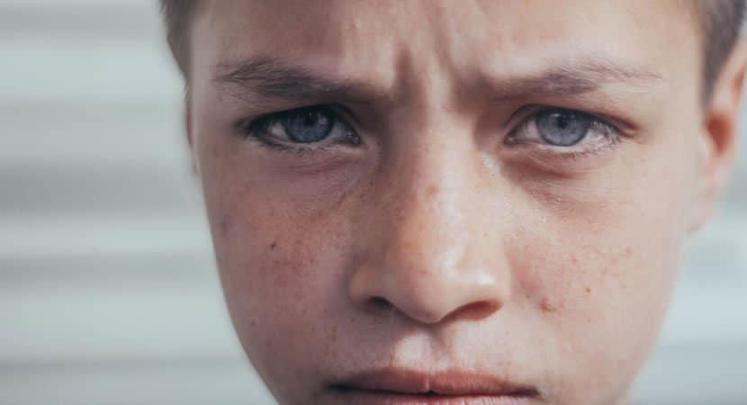 uma criança dificilmente se curará de uma infância ruim As cicatrizes serão eternas