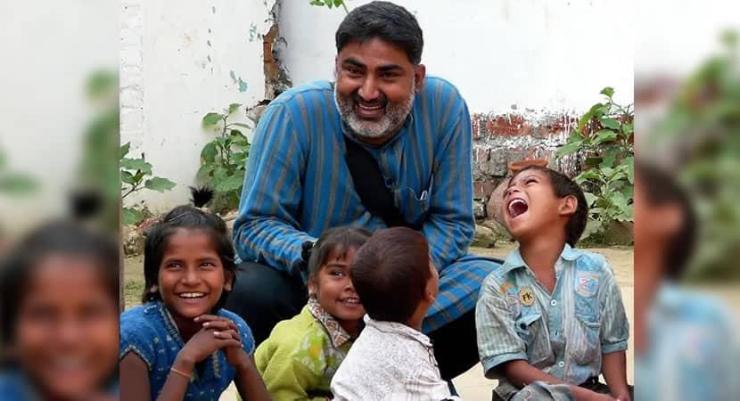 CAPA Homem salva mais de 2.500 criancas do trafico de pessoas atraves de ONG. Um exemplo de heroismo