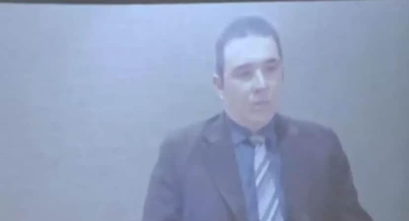 CAPA Vereador preso por trafico de drogas toma posse de dentro da cadeia Inacreditavel