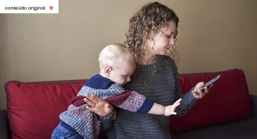 a geração de filhos órfãos que são trocados pelos celulares dos pais