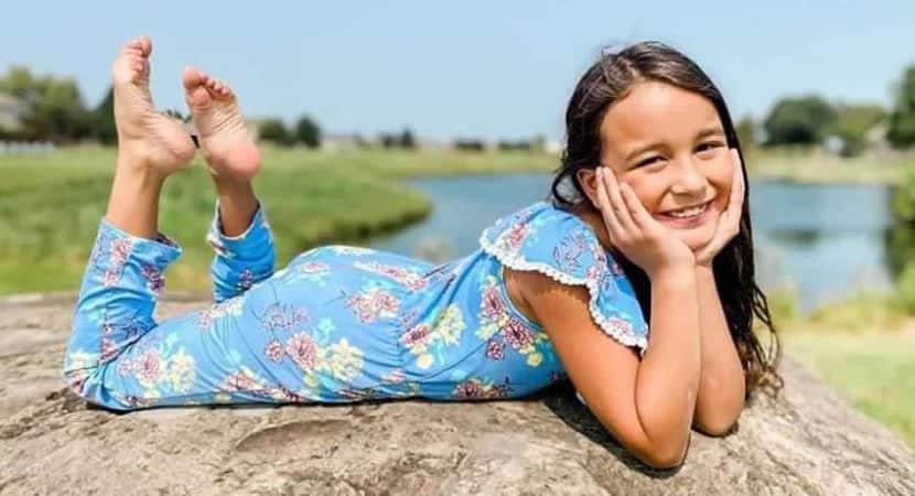 capaescola crista expulsa menina de 8 anos apos ela dizer a amiga que gostava dela