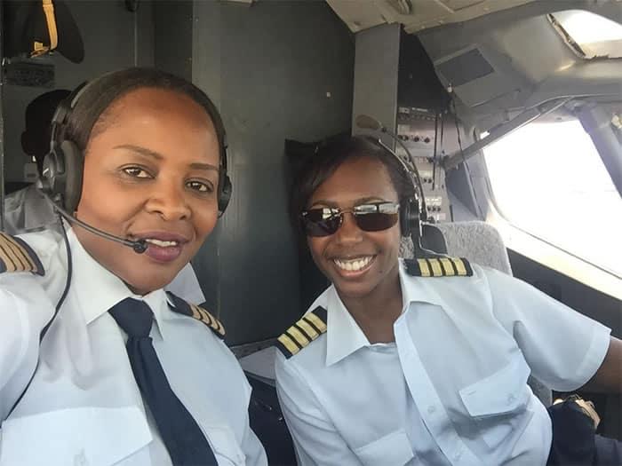 1 2 Pintando o ceu de rosa mulheres se tornam as primeiras a pilotar um Boeing 737 na historia
