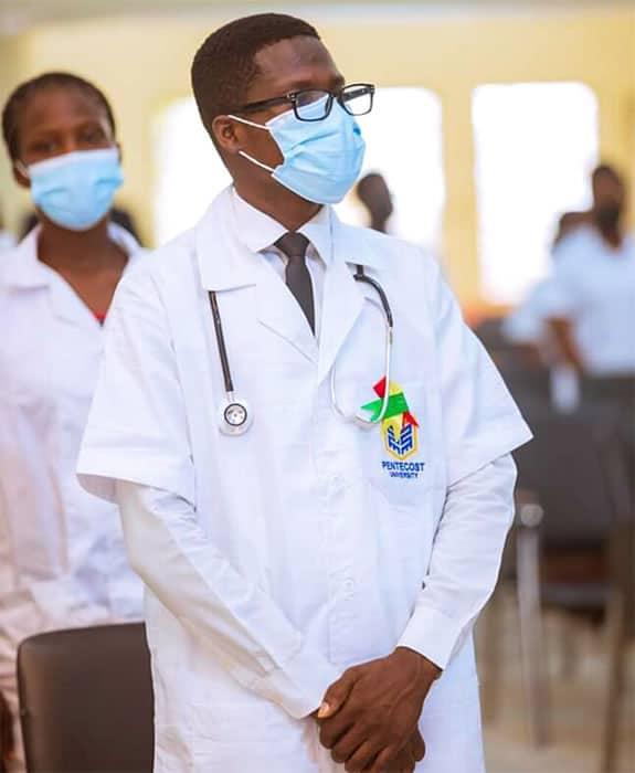 3 3 Jovem que vendia iogurte na rua supera expectativas e realiza o sonho de entrar no curso de enfermagem