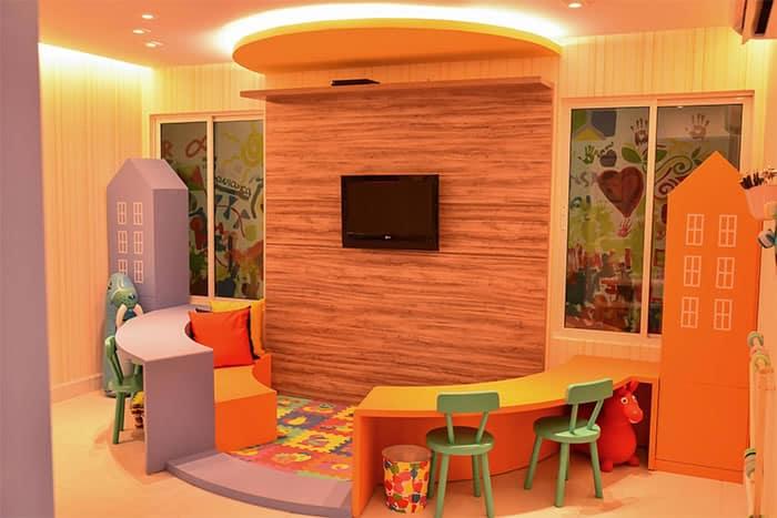 6 4 Arquiteta cria ONG e ja mudou a vida de mais de 20 mil criancas brasileiras