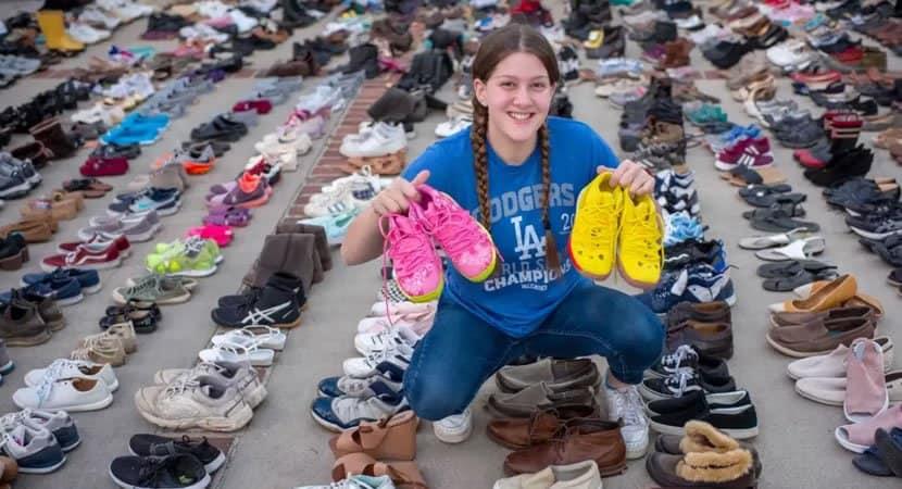 capaaos 13 anos jovem cria projeto e doa mais de 30 mil pares de sapatos para moradores de rua