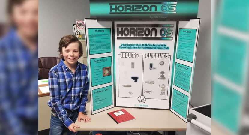 capaaos 12 anos menino se formara na faculdade com notas perfeitas e cria empresa de tecnologia