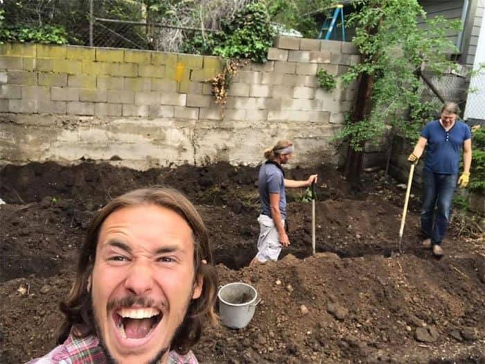 2 2 Homem abre o proprio quintal para receber moradores de rua e tem esperanca de ajudar ainda mais