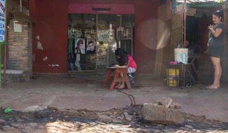 3 2 Cabeleireiro compartilha internet para que criancas pobres estudem na pandemia Boa acao que salva