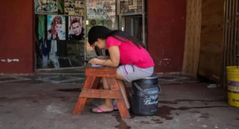 3 capa Cabeleireiro compartilha internet para que criancas pobres estudem na pandemia Boa acao que salva