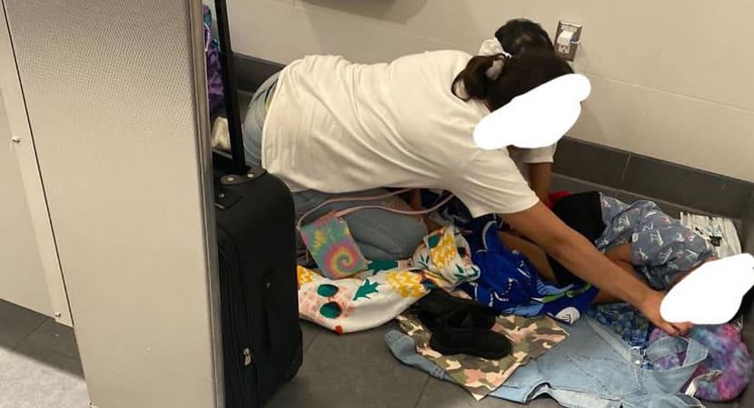 3 capa Mulher paga estadia de hotel para mae que dormia em banheiro de aeroporto com os filhos