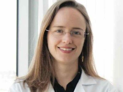 pesquisadora brasileira recebe Oscar da oncologia por seu trabalho com pacientes com cancer