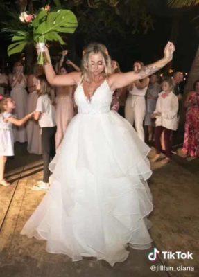 2 2 Marido abandona esposa um dia depois de casar porque sua mae ciumenta o fez escolher