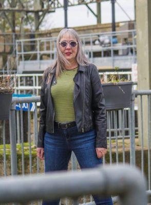 3 2 Muito baixos velhos ou gordos Mulher de 62 anos se diz desapontada com aplicativos de encontros