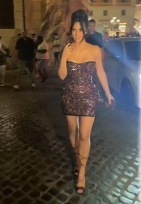 1 4 Famosa por visual plastificado Kim Kardashian quer corpo natural para ser respeitada na profissao